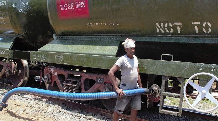 train-water-8