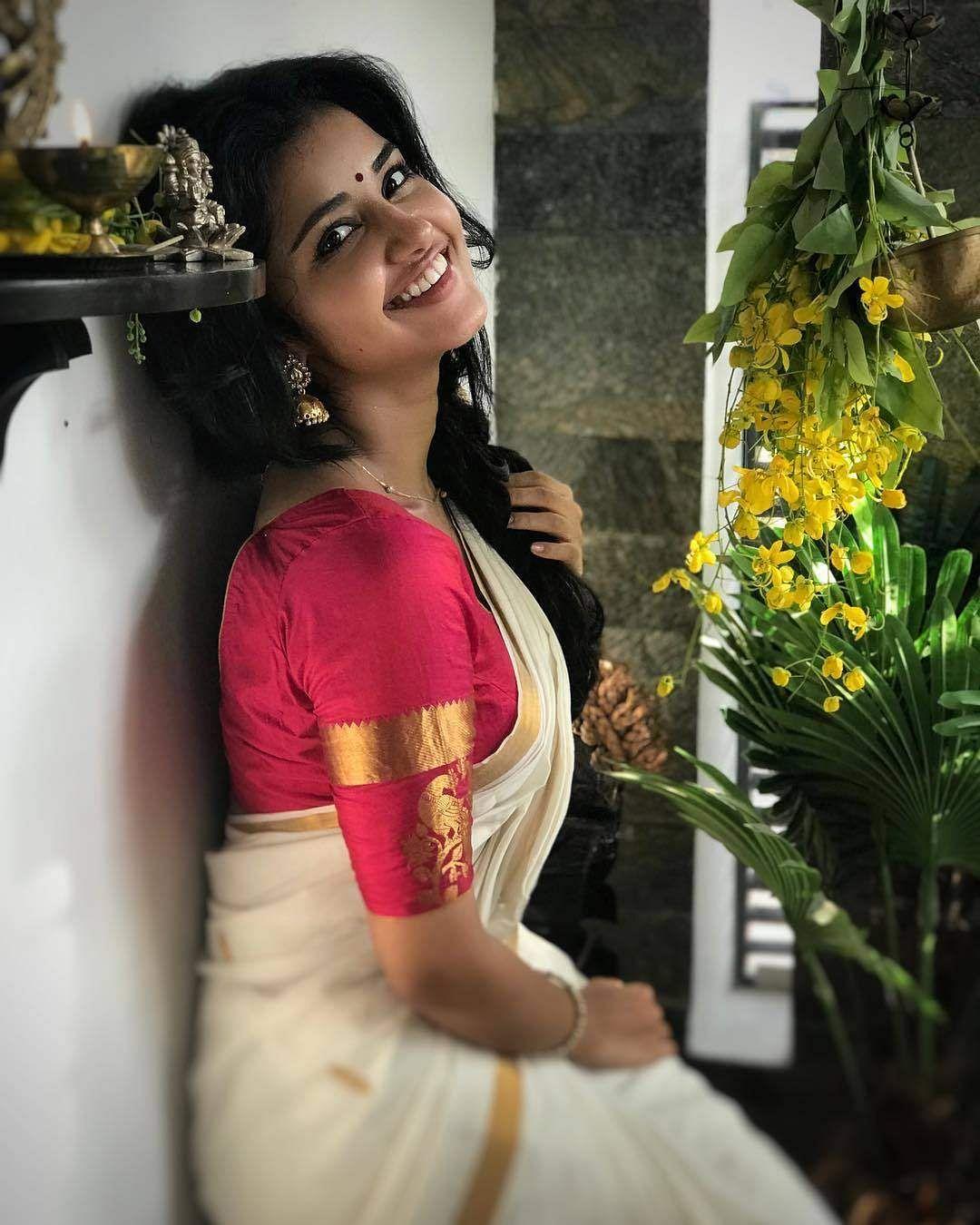 anupama_parameswaram-31