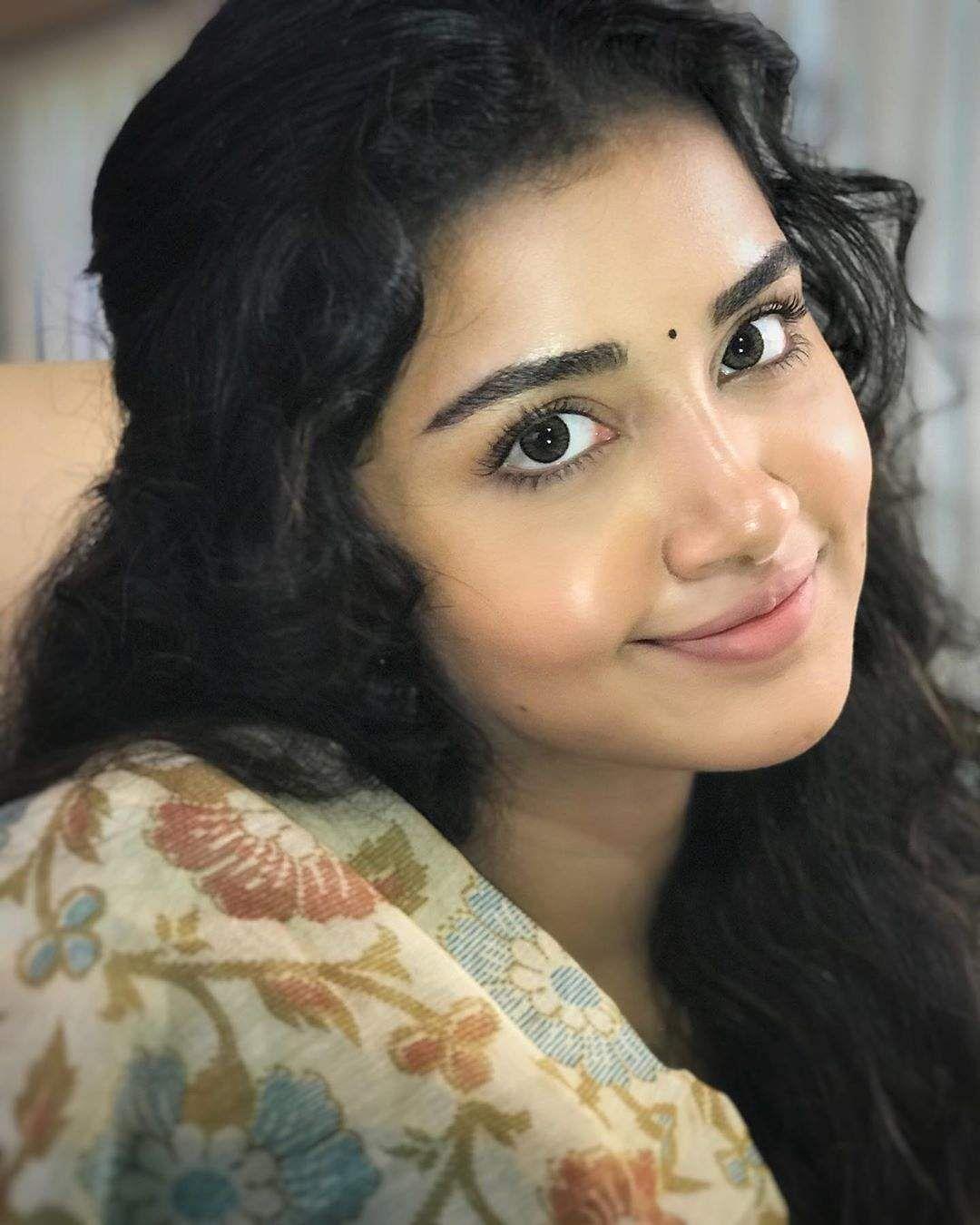 anupama_parameswaram-46
