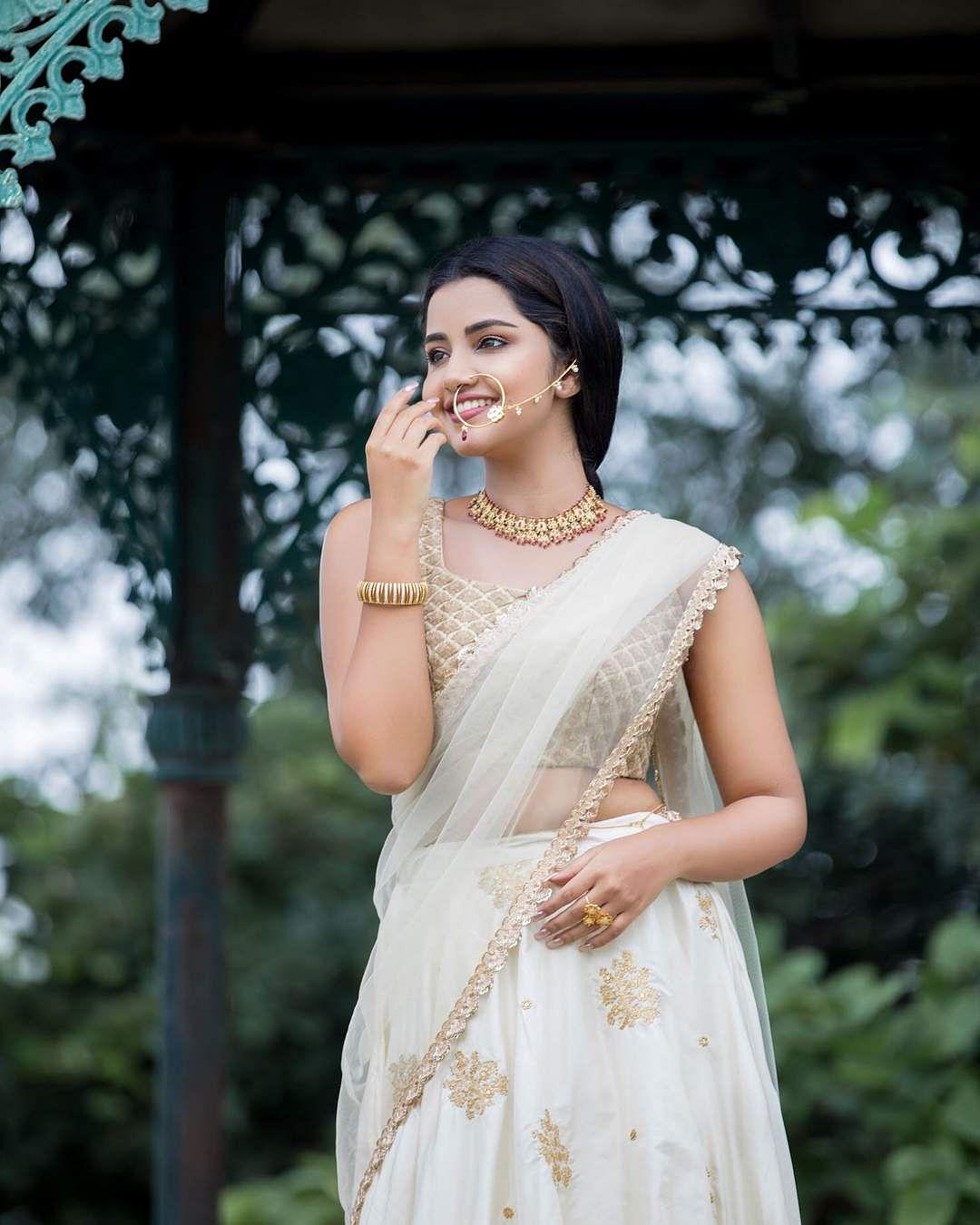 anupama_parameswaram-5