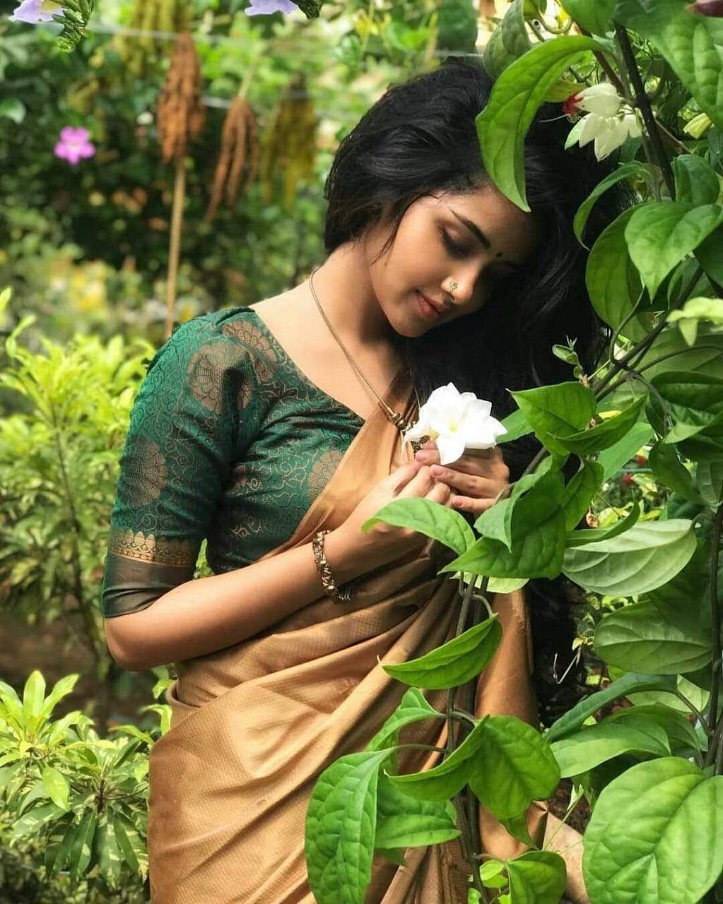 anupama_parameswaram-56