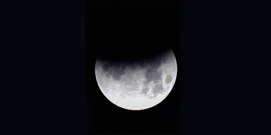moon-8