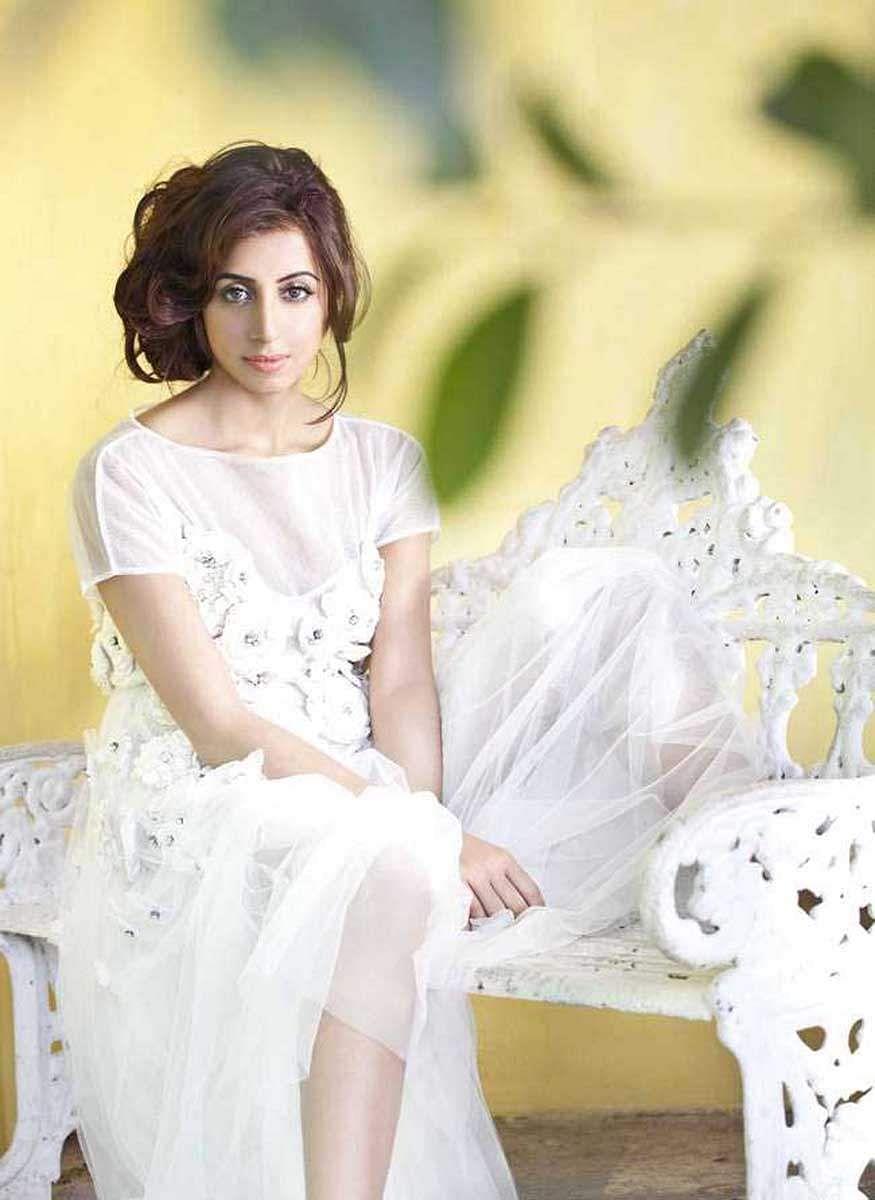 Actress_Sanjjana_Galrani_Stills_001