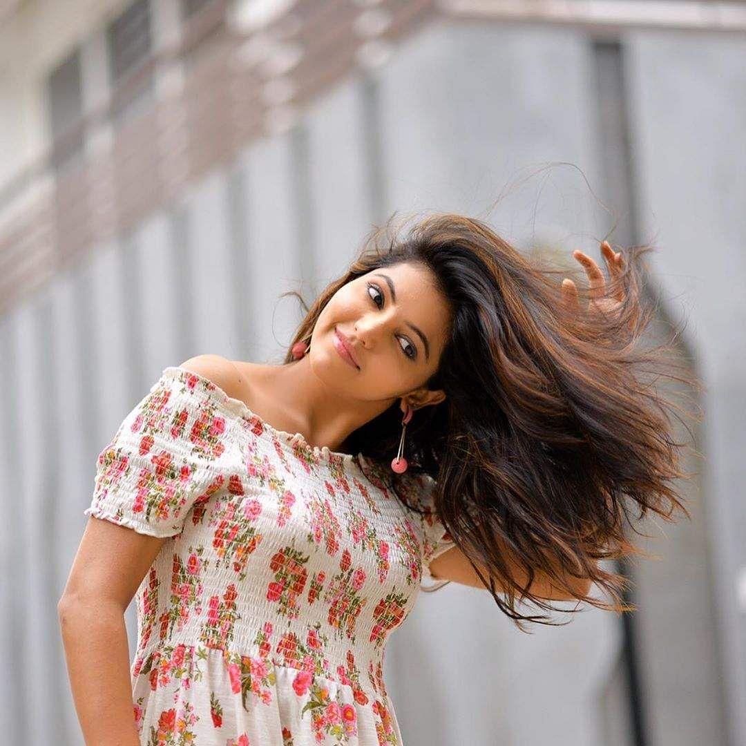 tamil actress athulaya ravi