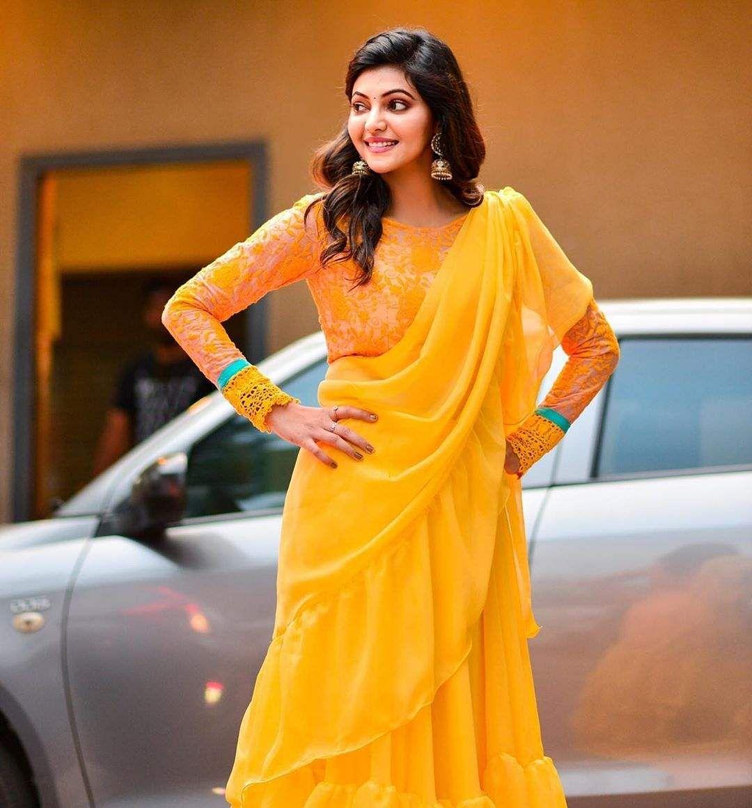 athulaya ravi latest stills