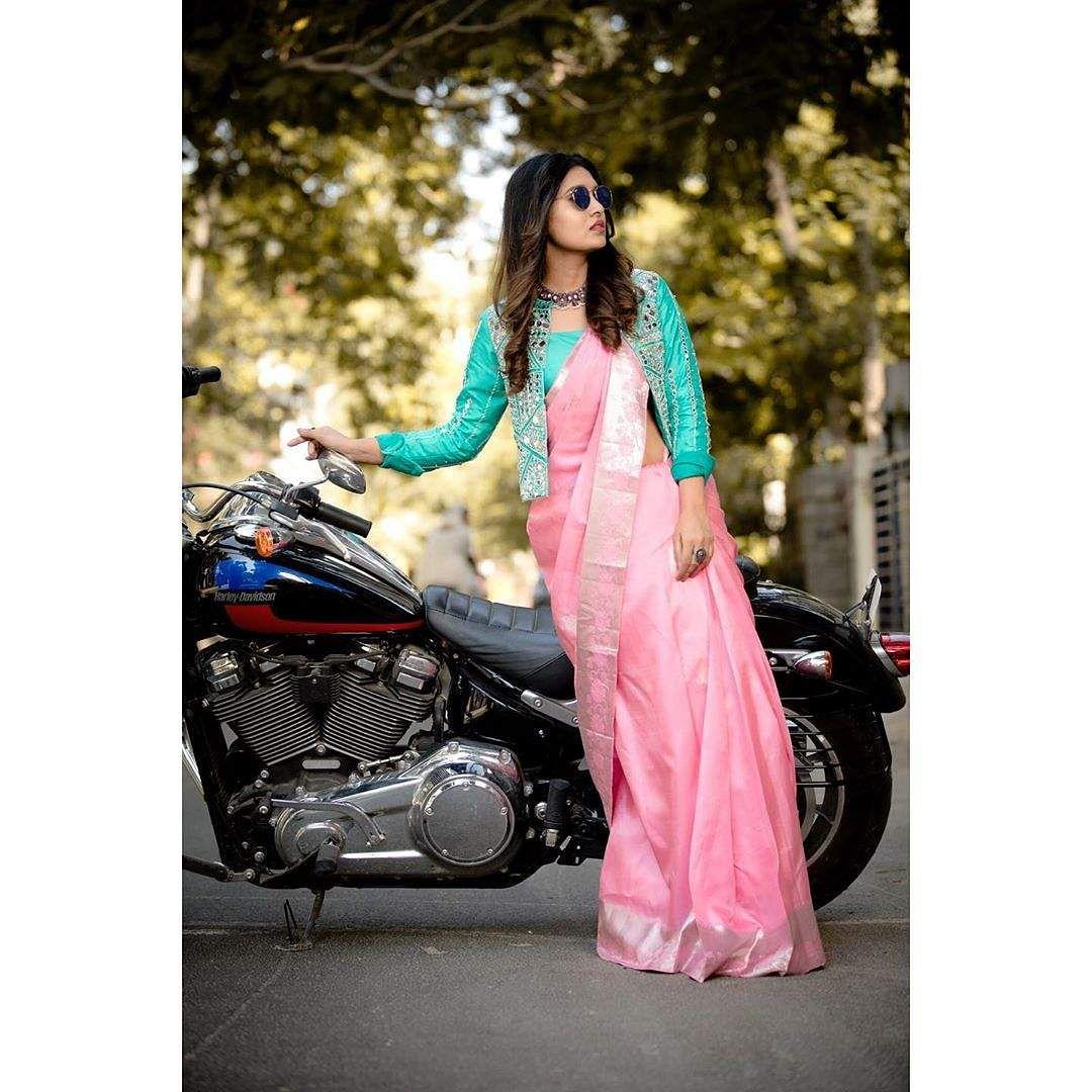 actress vani bhojan images