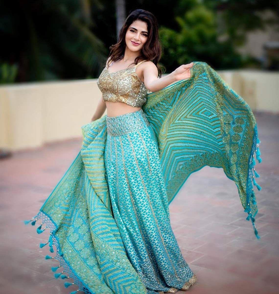 Aishwarya_Menon-3