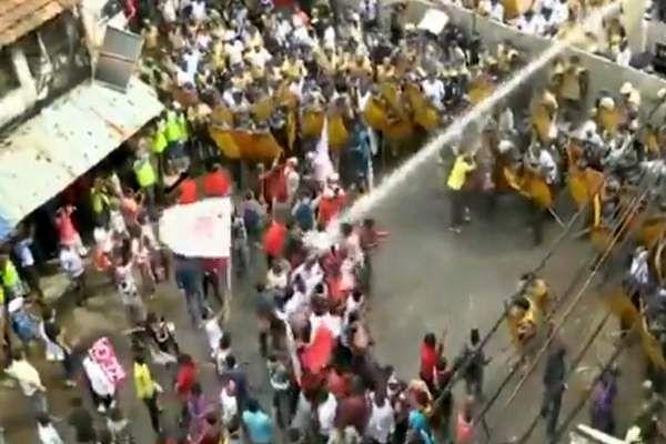 left_parties_protest_alleging_unemployment_in_West_Bengal1