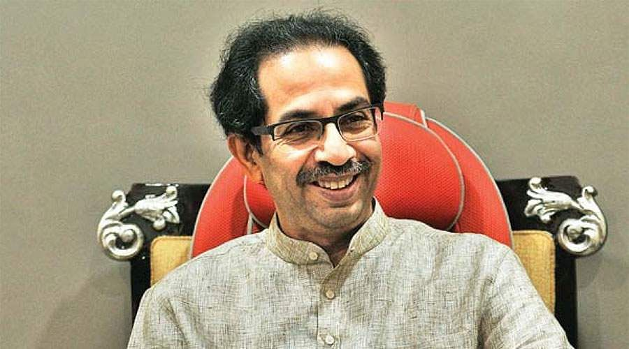 Uddhav Thackeray praises savarkar