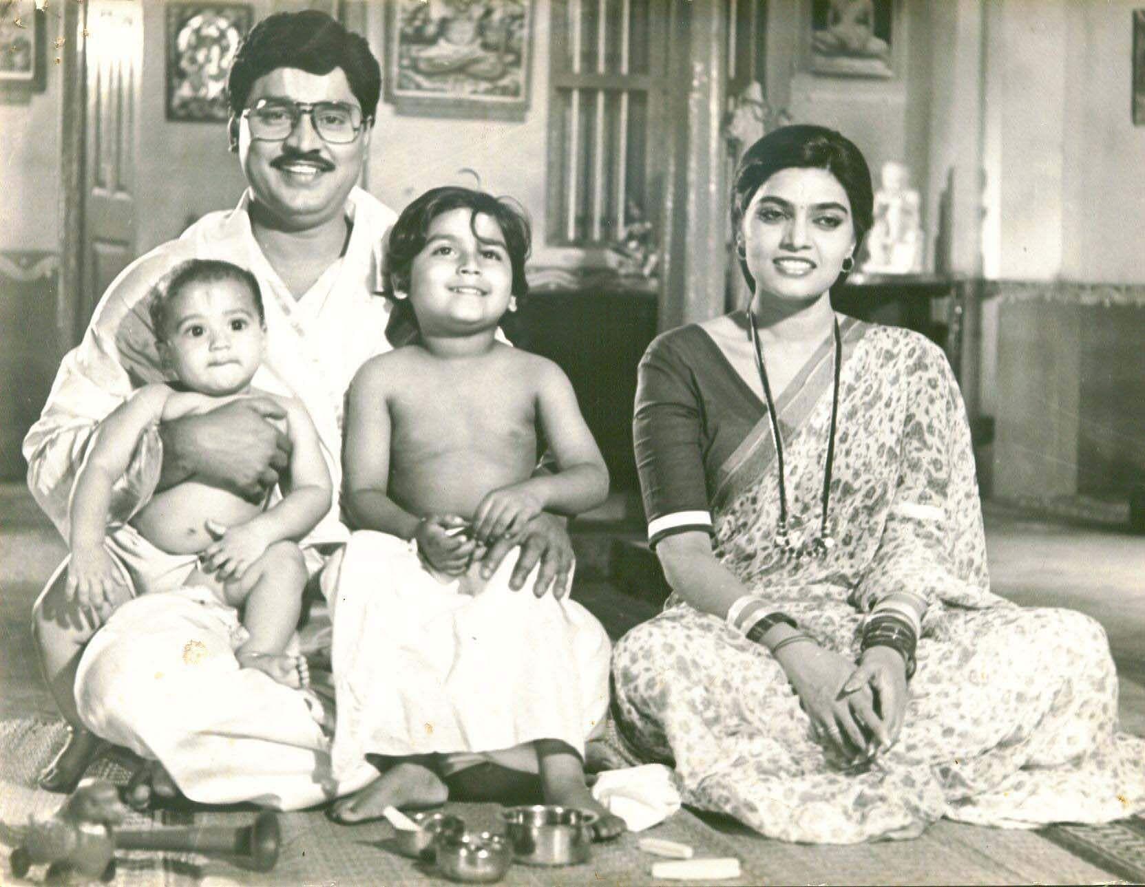 silk smitha with actor BhagyaRaj
