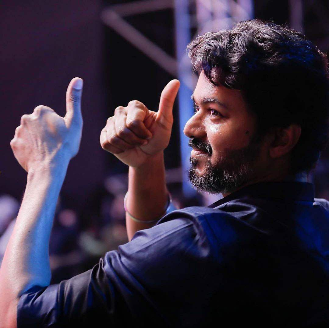 actor-vijay-in-bigi-launch
