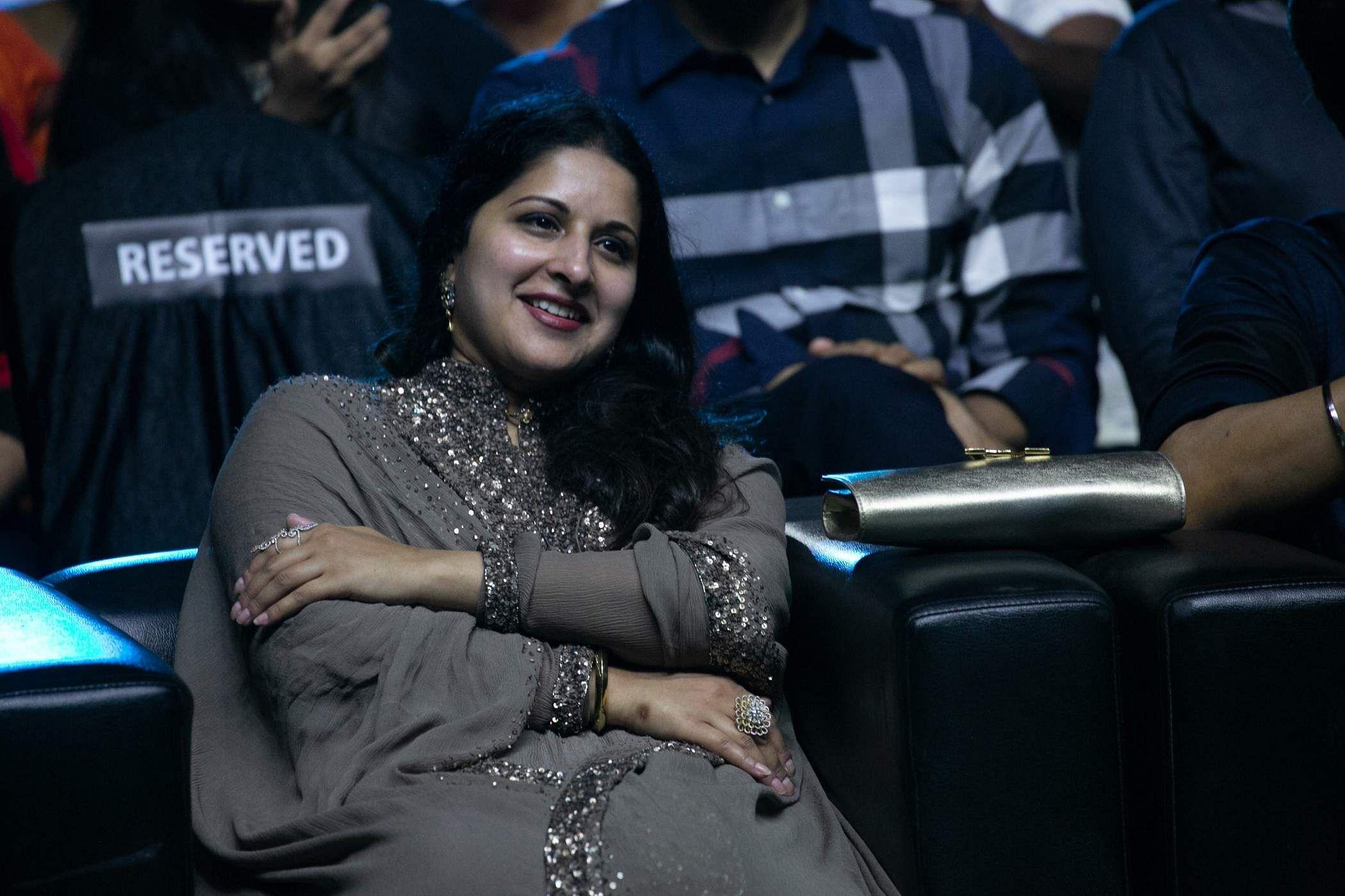 Vijay wife sangeetha