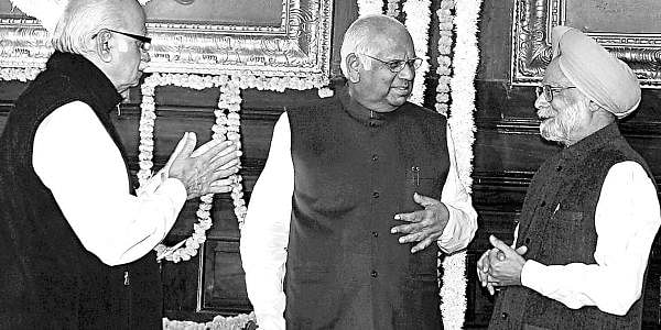 Mamanhon singh with Advani