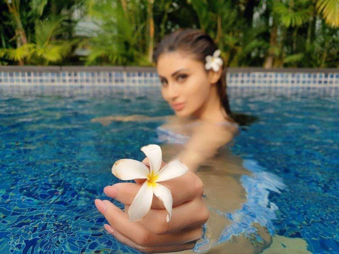 Mouni roys floral appeal