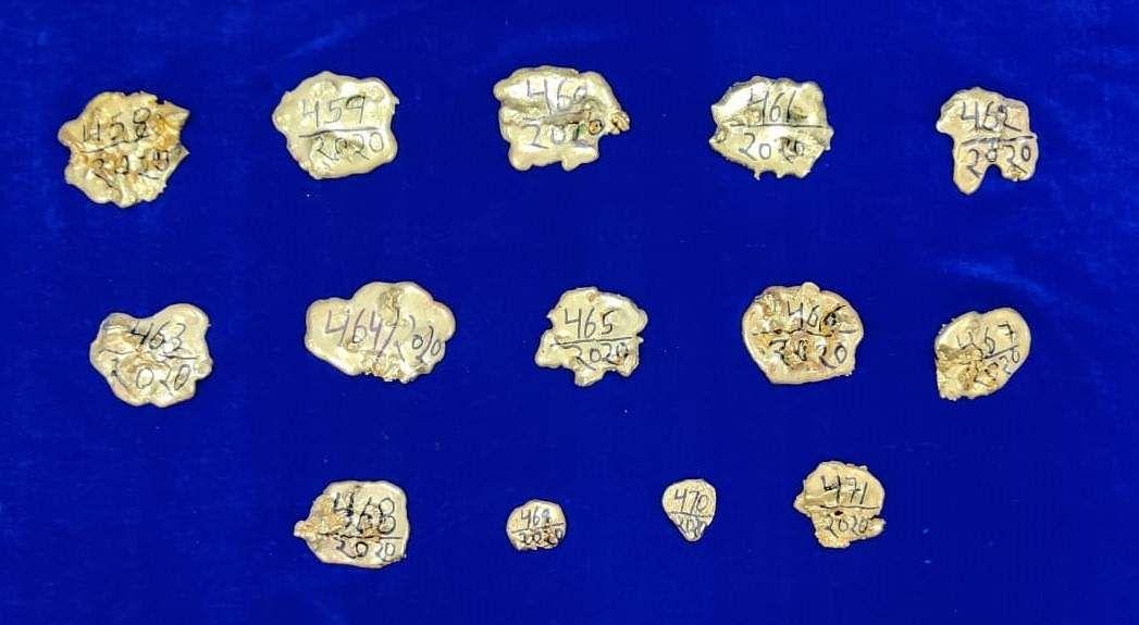 4 kg gold seized by chennai air customs