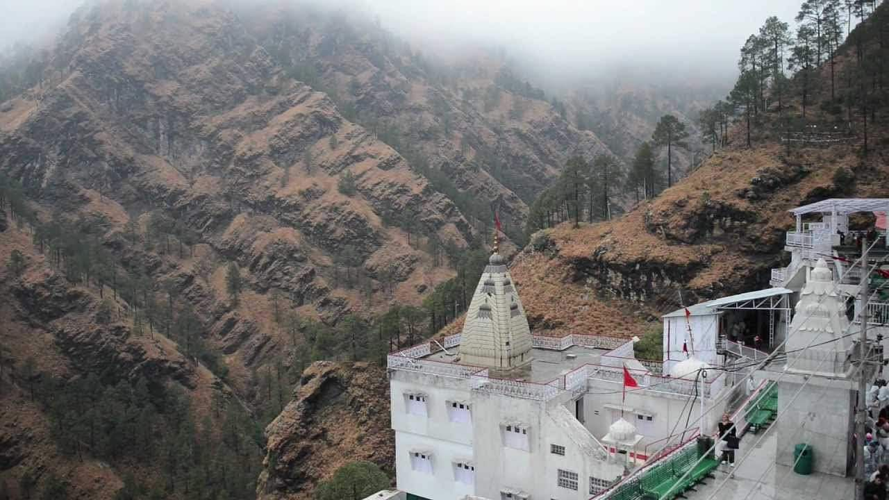 Vaishnavi Devi Temple: 15000 devotees are allowed to visit daily