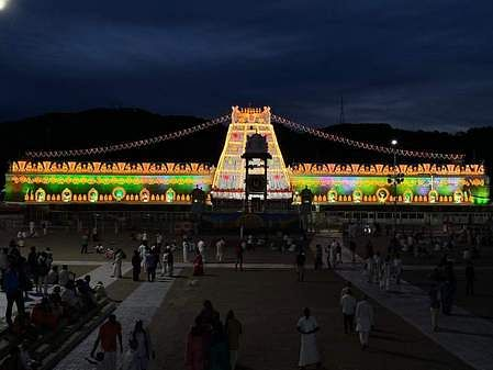 17tpt_lighting_arrangements_in_tirumala_1709chn_193_1