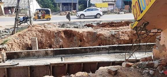 Public demand for speedy completion of Vandalu-Walajabad road widening works