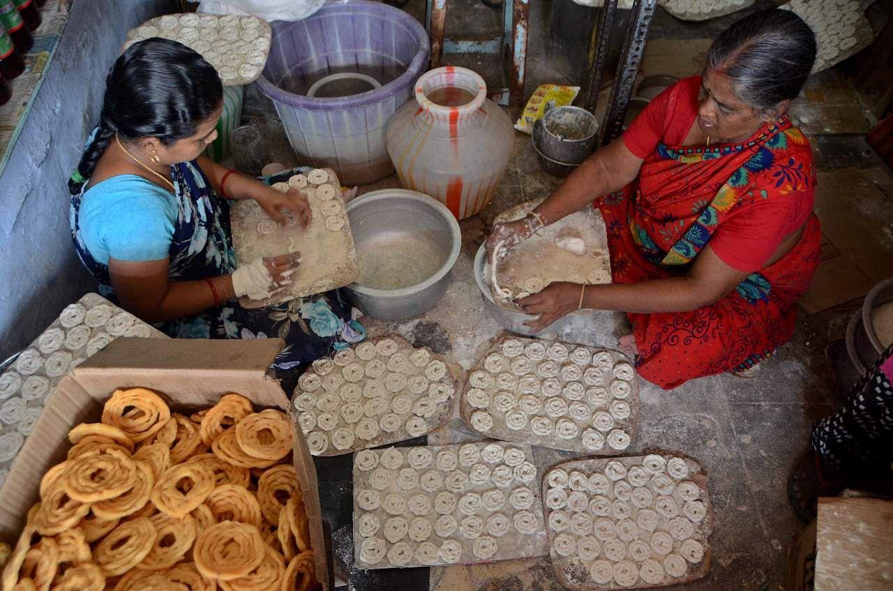 Hand made Murukku receipe in tirunelveli