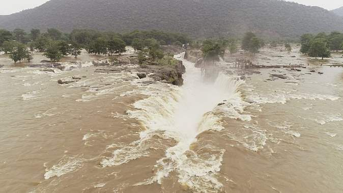 rs-4382-crore-relief-to-6-states-affected-by-natural-calamities