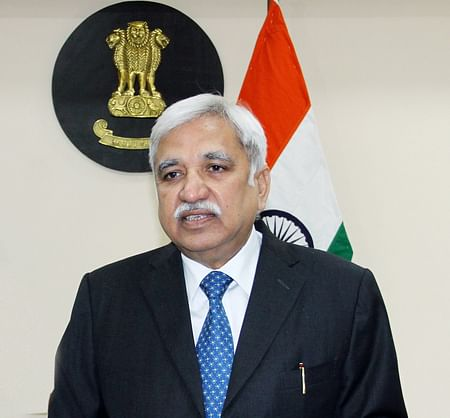 Can't respond to comments from political parties: Chief Election Commissioner
