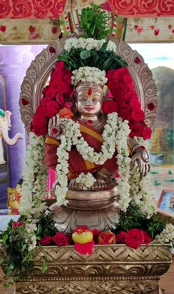 தேவலாபுரம் திருப்பதி கெங்கையம்மன் கோயிலில் சிறப்பு அலங்காரத்தில் ஐயப்ப சுவாமி.