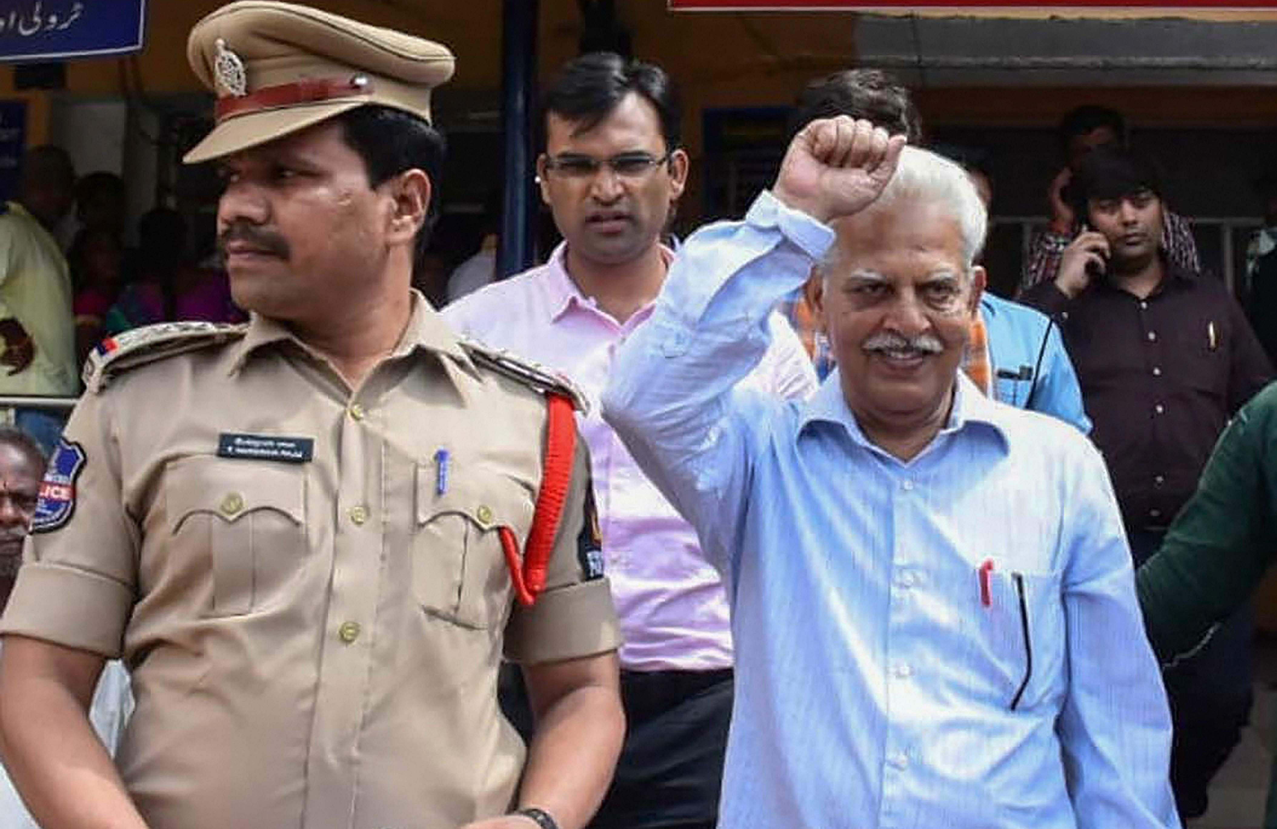 Bombay HC allows Varavara Rao to receive treatment at Nanavati hospital