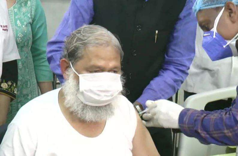 Haryana Health Minister Anil Vij is given first trial dose of Covaxin in the state