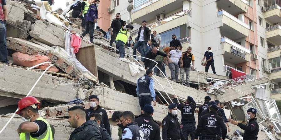 At least 26 dead, over 800 injured as Turkey, Greece reel from earthquake aftermath