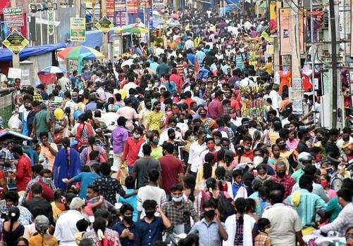Deepavali festival: People crowded in textile shops