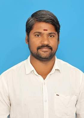 Two ADMK cadres killed in truck collision