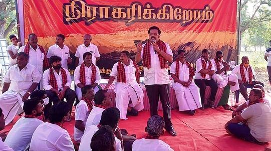 வாணியம்பாடியை அடுத்த நிம்மியம்பட்டில் நடைபெற்ற கூட்டத்தில் பேசிய எம்.பி. கதிா்ஆனந்த்.