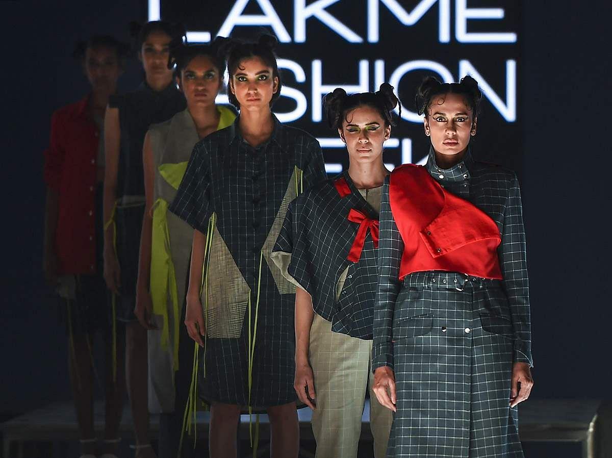 lakme-fashion-show-24