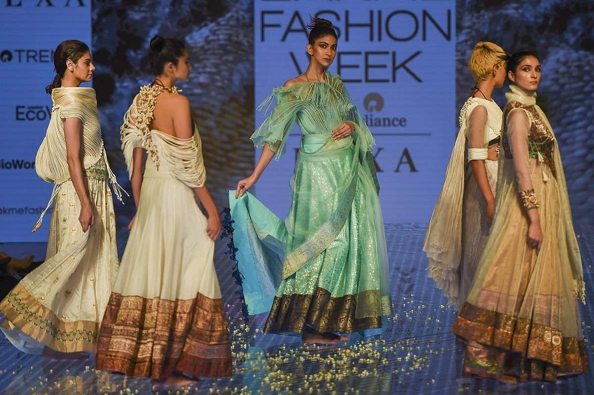 lakme-fashion-show-27