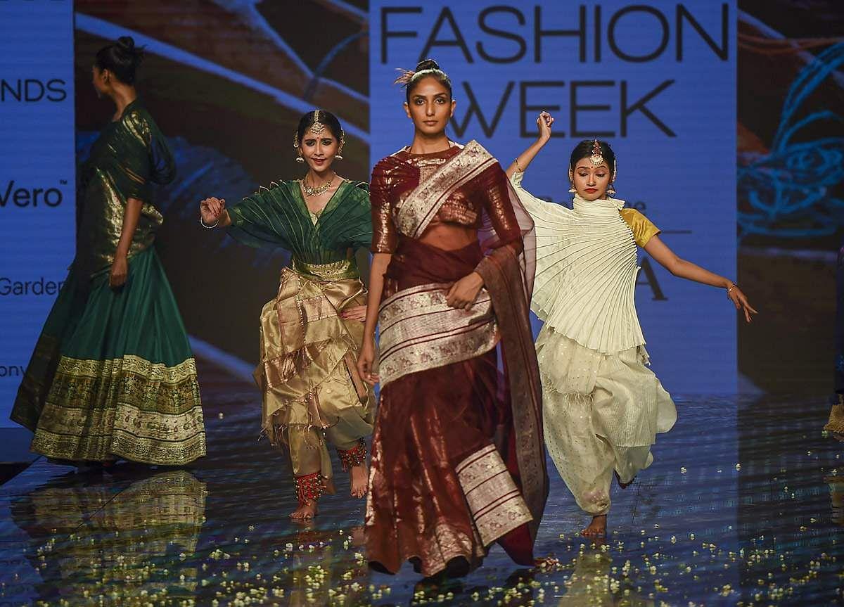 lakme-fashion-show-29