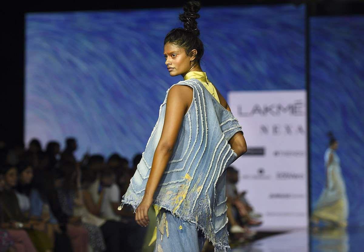 lakme-fashion-show-9