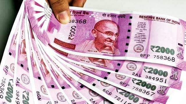 DMK gave cash to CPi