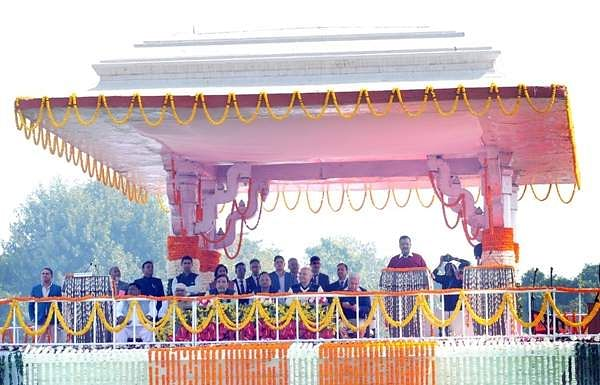 Arvind_Kejriwal_swearing_in_ceremony_28
