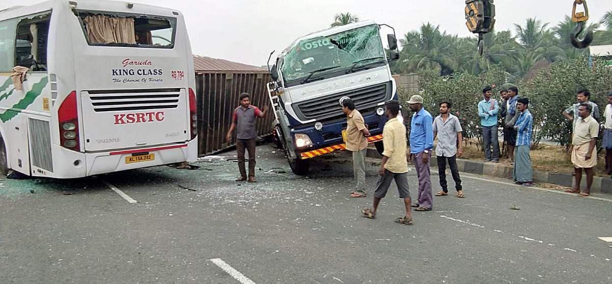 bus-accident-12