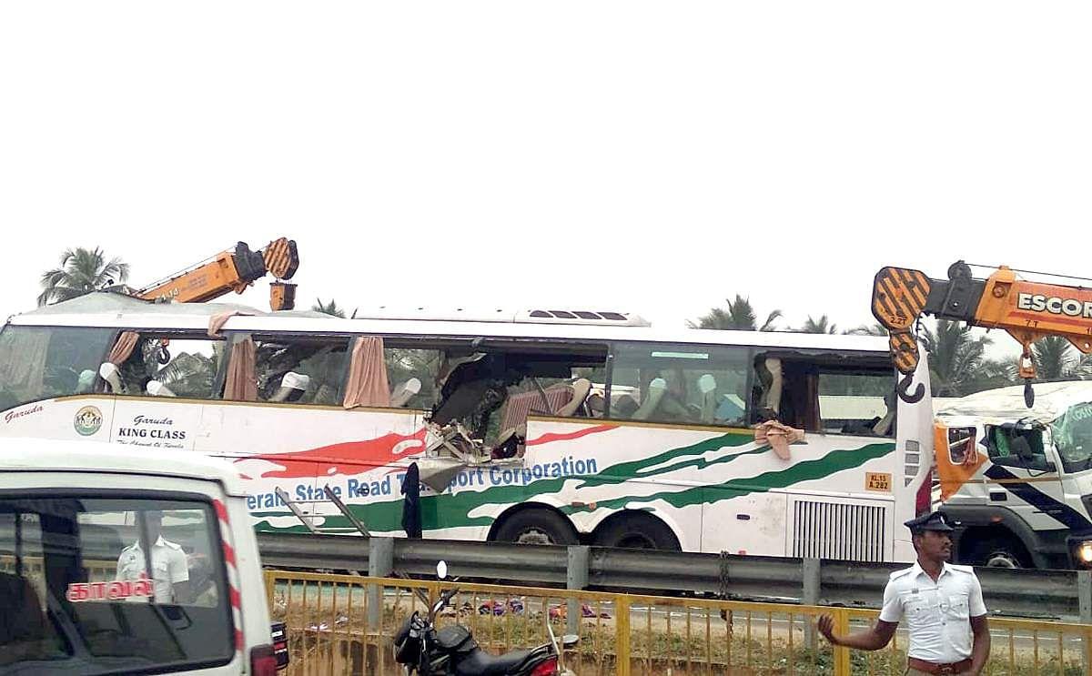 bus-accident-19