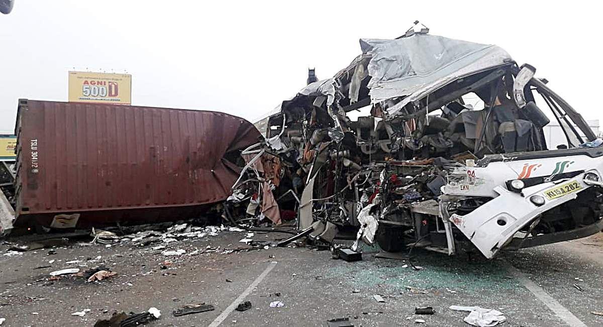 bus-accident-20