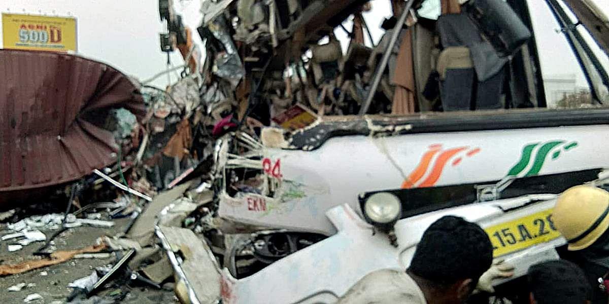 bus-accident-22