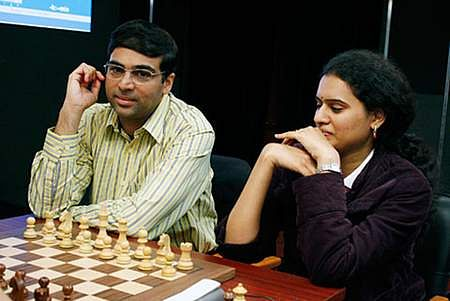 anand-and-humpy083031