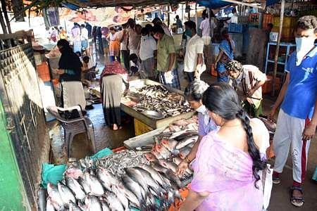 சென்னையில் இறைச்சி விலை கடும் உயா்வு 29dmk1045445
