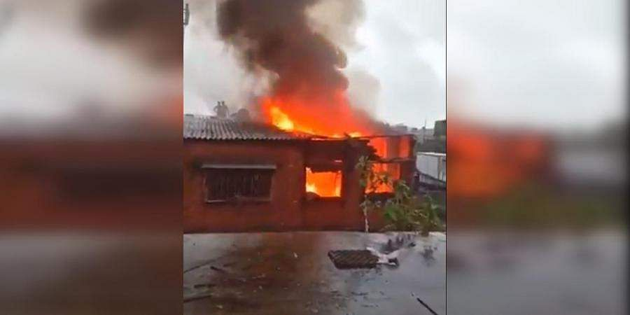 Fire at kolkata leather factory