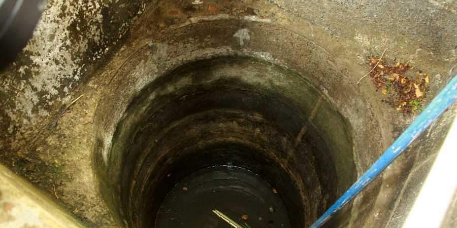 Jharkhand woman, three minor daughters found dead in well