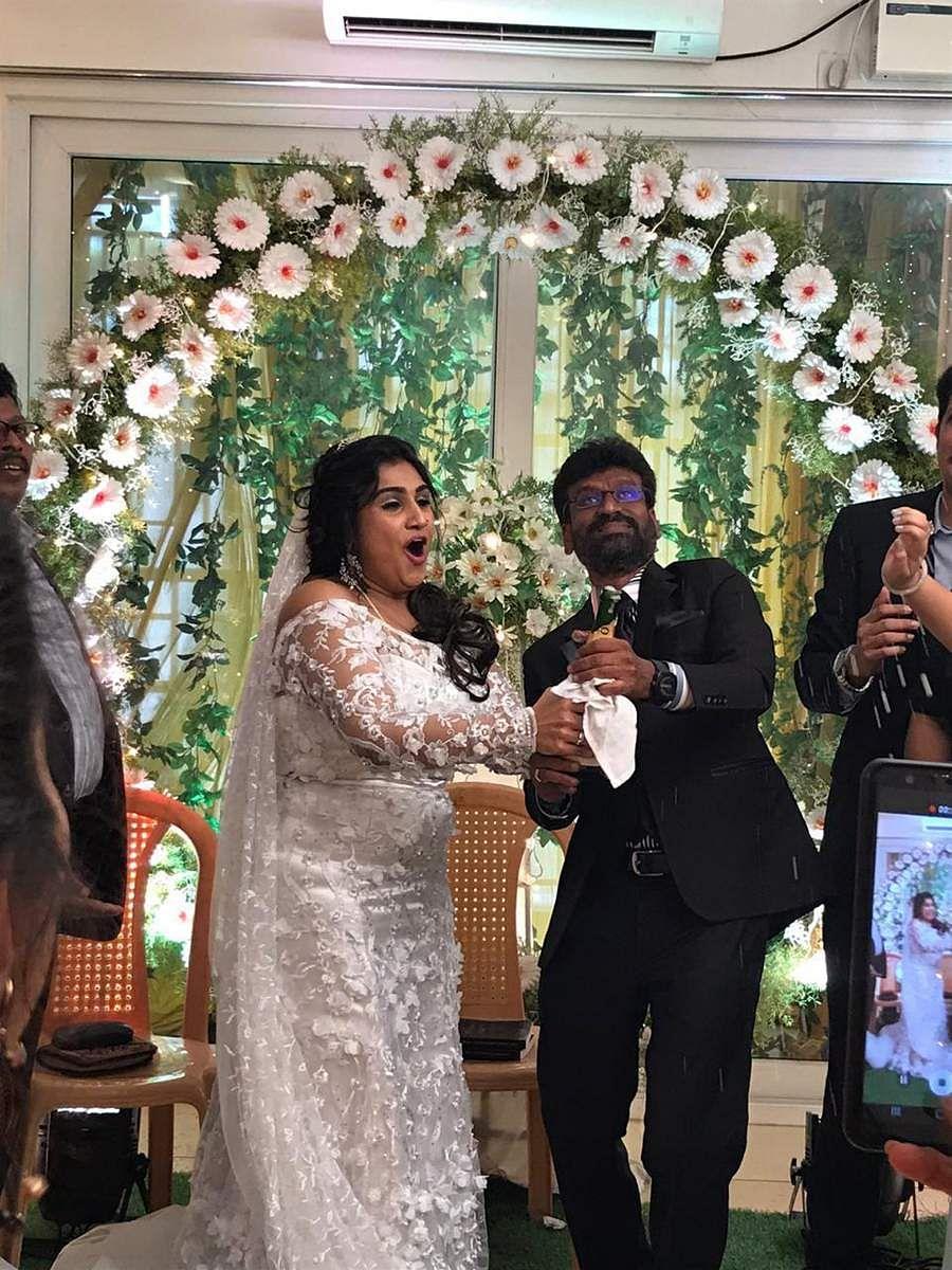 தமிழ்த் திரையுலகின் மூத்த நடிகரான விஜயகுமாரின் மகள் வனிதா விஜயகுமார்.