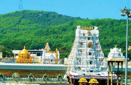 Corona affect including Archakar at Tirupati Ezumalayan temple