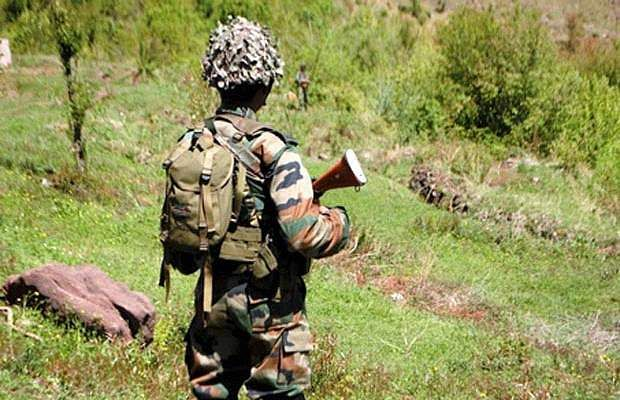 320 terrorists ready to infiltrate into Pakistan camp in India