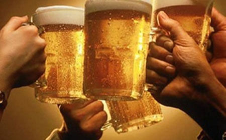 In Andhra Pradesh, 7 people died after drinking alcohol mixed with sanitizer
